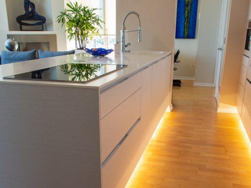 Kitchen: 2014-Snaidero-WhiteGrayBlue-OldTown