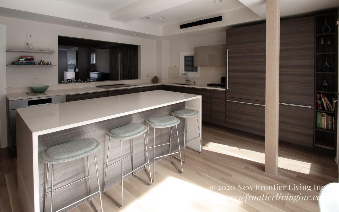 Kitchen: 2015-PoggenPohl-White&Gray-OldTown