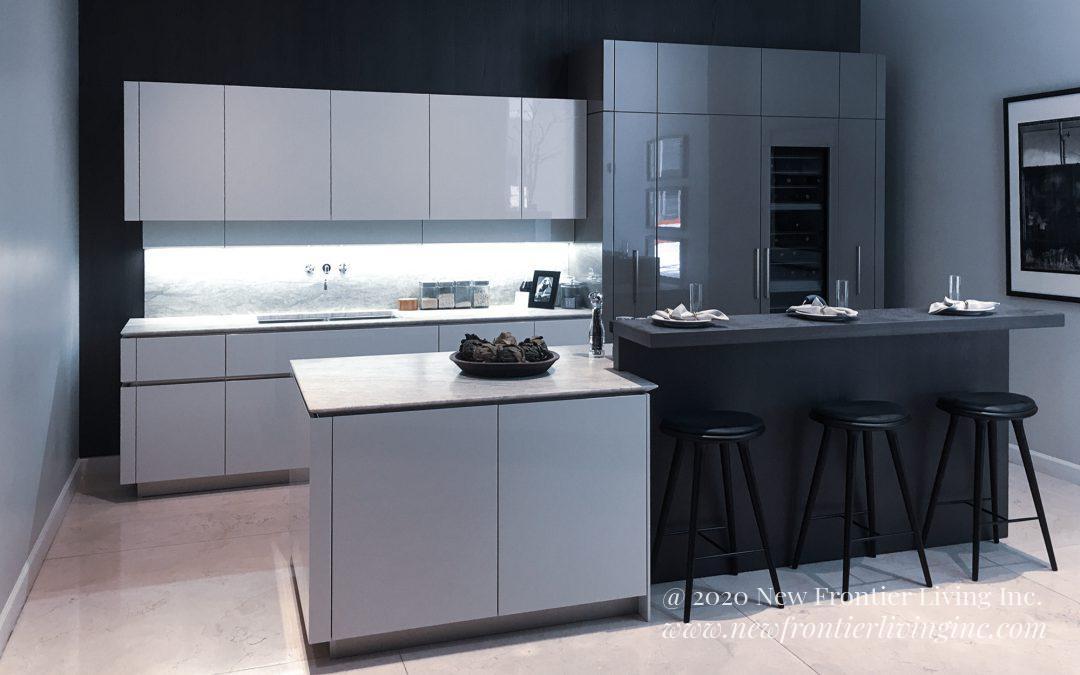 Kitchen: 2018-Snaidero-Showroom-White&Black